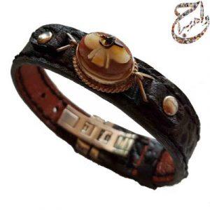 دستبند عقیق طرح برجسته فروهر