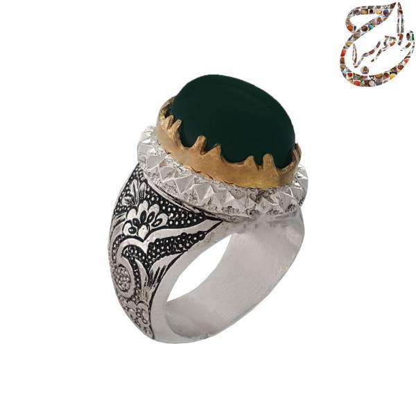 انگشتر عقیق سبز قلمزنی دستی