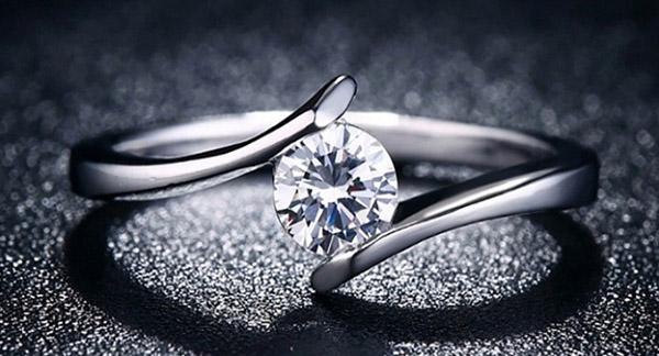 حلقه ازدواج ایرانی بخریم یا فرنگی؟